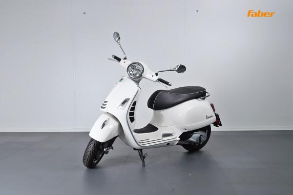 Vespa GTS 300 hpe Super