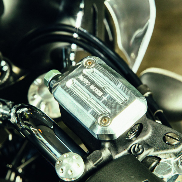 Abdeckung Bremsflüssigkeitsbehälterdeckel vorne