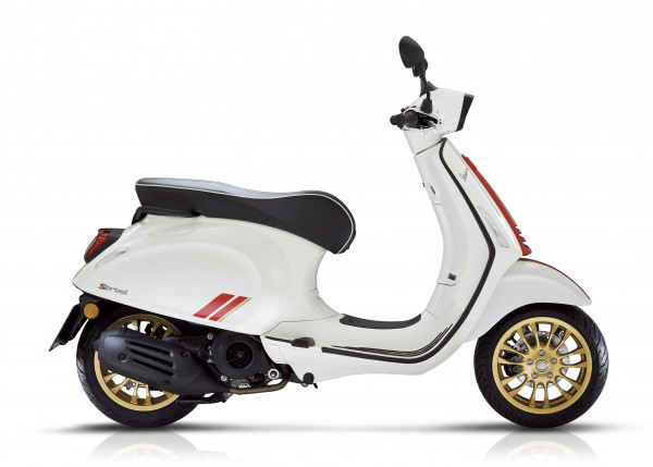 VESPA Sprint 125 iGet Racing Sixties ABS